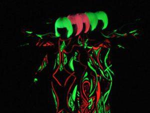 Dịch vụ ép chuyển nhiệt dạ quang trang phục biểu diễn
